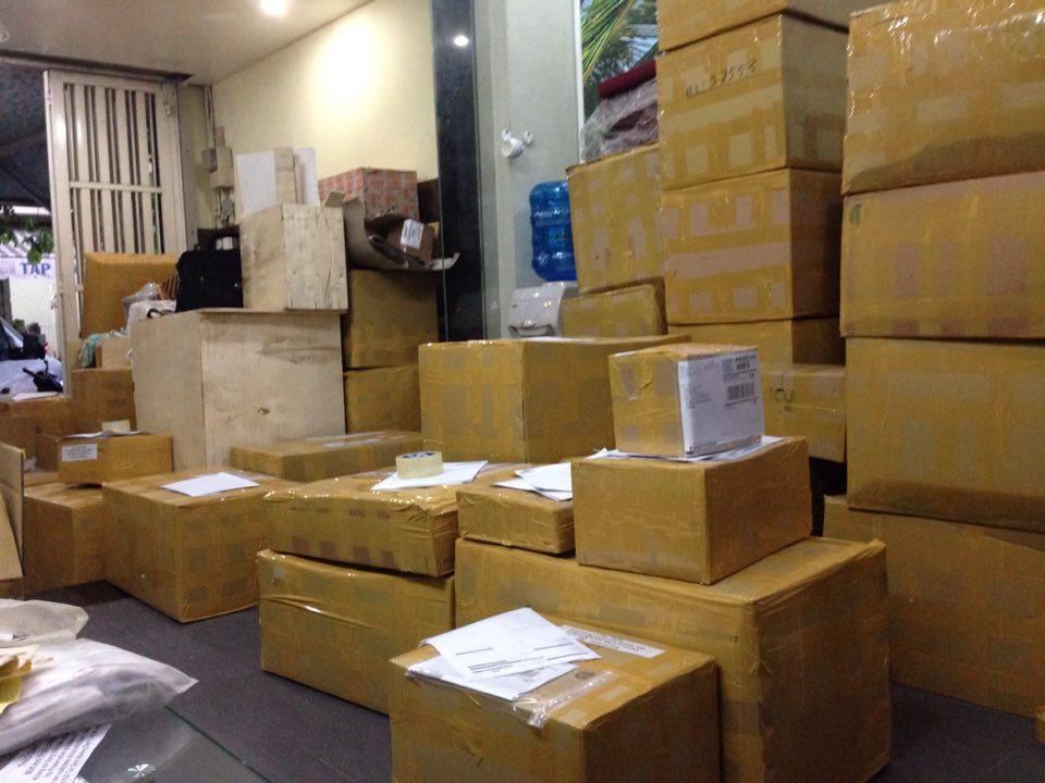 Dịch vụ gửi mỹ phẩm đi Úc giá rẻ và nhanh chóng